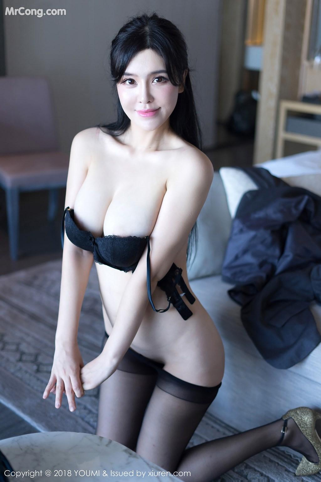 Image YouMi-Vol.238-Liu-Yu-Er-MrCong.com-003 in post YouMi Vol.238: Người mẫu Liu Yu Er (刘钰儿) (46 ảnh)