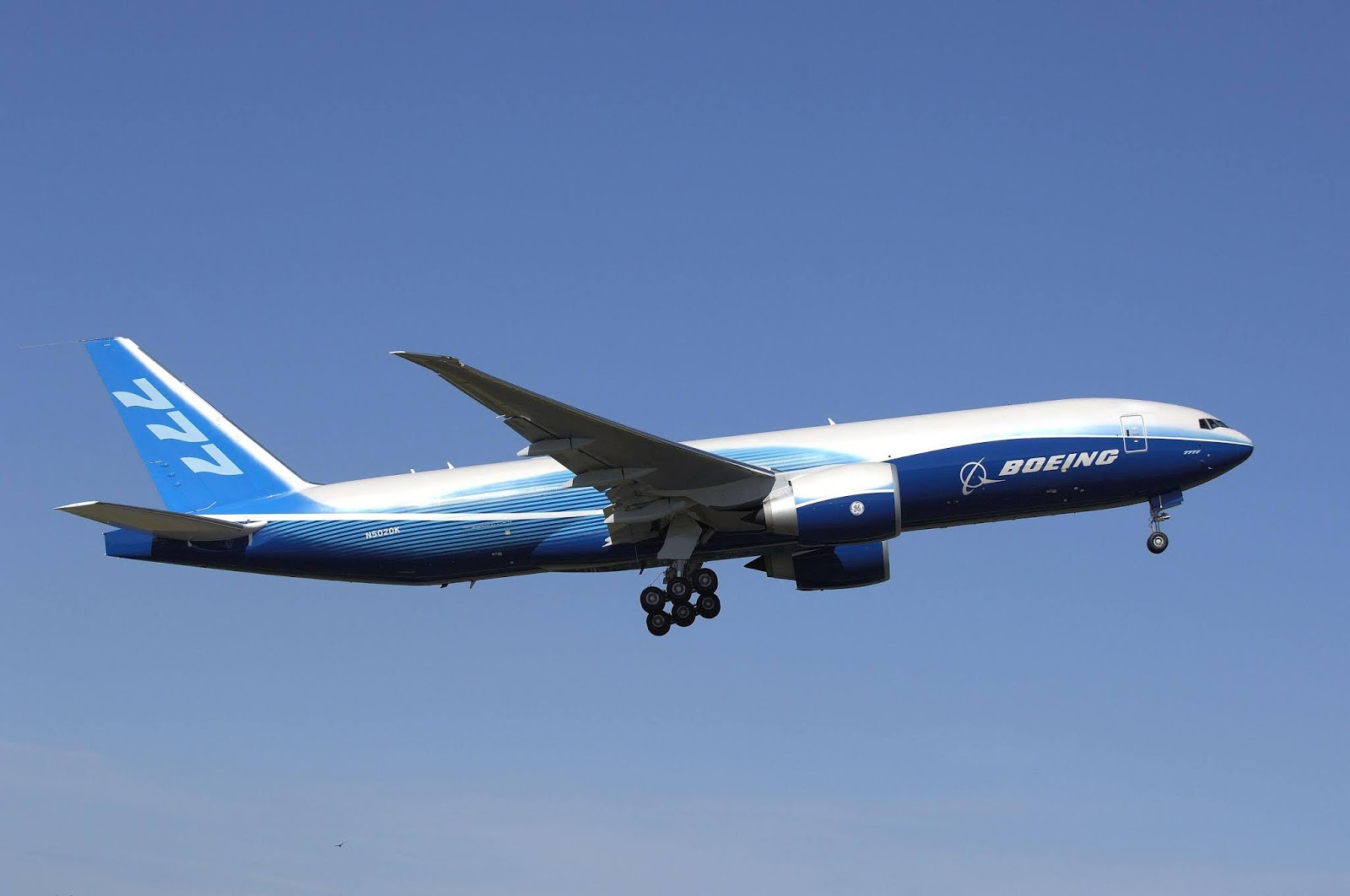 BOEING 777 airliner aircraft airplane plane jet wallpaper