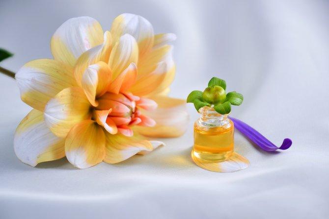 8 Macam Jenis Minyak Esensial Yang Dapat Difungsikan Sebagai Parfum