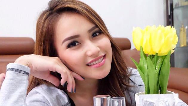 4 Pernikahan Artis Cantik Indonesia Paling Singkat