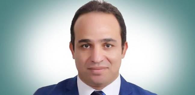 النائب محمد إسماعيل: عمال الحمامات وحاملي الحقائب في مطارات مصر يشوهوا سمعة السياحة المصرية