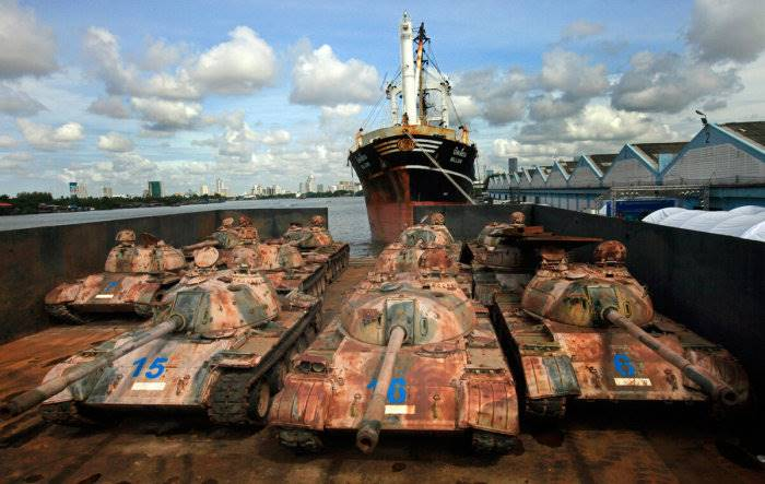 Thai authorities Dumped lot of tanks in the ocean