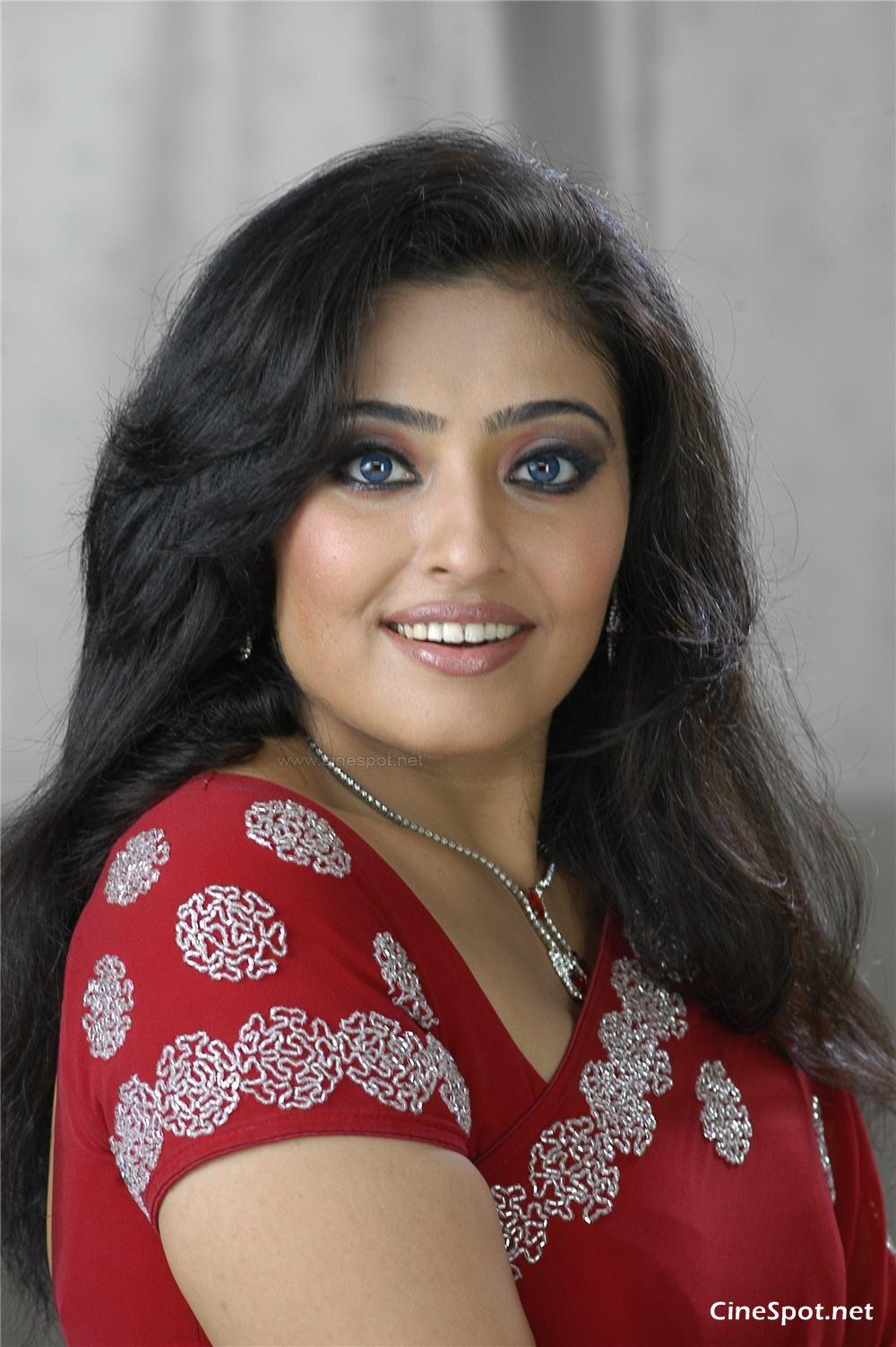 Mumthaj Nude Photos