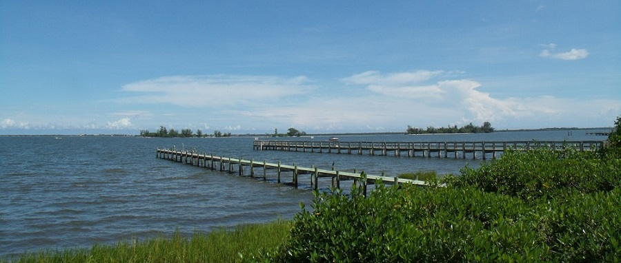 Embarcaderos e islas en el Indian River Lagoon