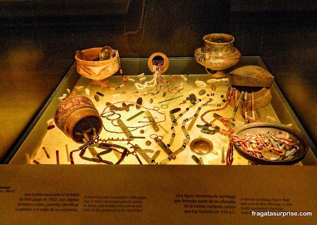 Câmara funerária pré-colombiana, Museu do Ouro de Bogotá