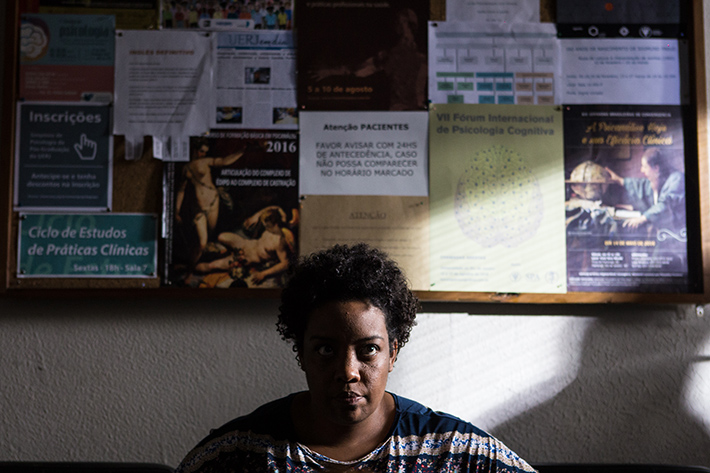 Filme 'Praça Paris', de Lucia Murat, deixa o espectador na corda bamba ao abordar relação entre realidades distintas