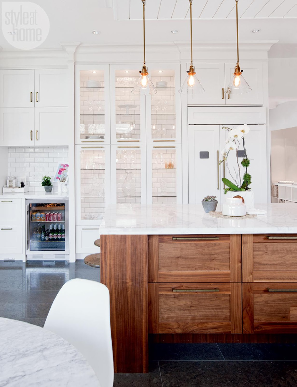 A stylish modern family home white and full of light for White wood grain kitchen cabinets