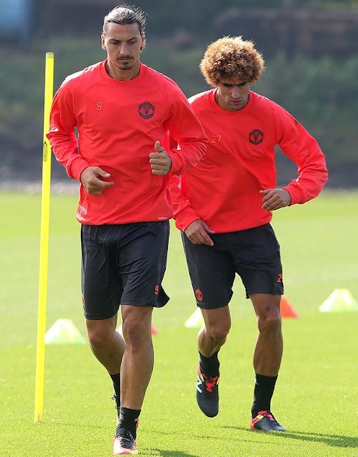 Yadute-Ibrahimovic-impressed-Manchester-United