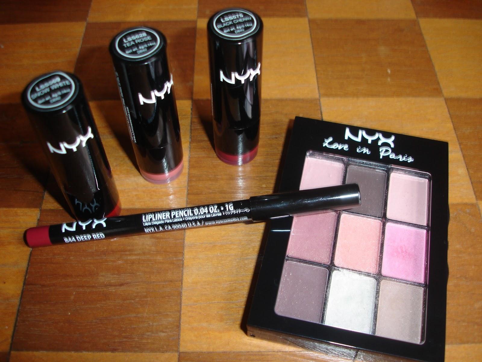 Recently Bought Some Items - Mariagegironde