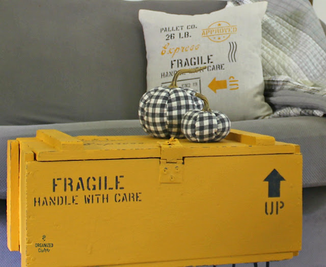 A Shipping Crate Stenciled Throw Pillow & Crate Table #oldsignstencils #stencil #colonelmustard #hairpinlegs
