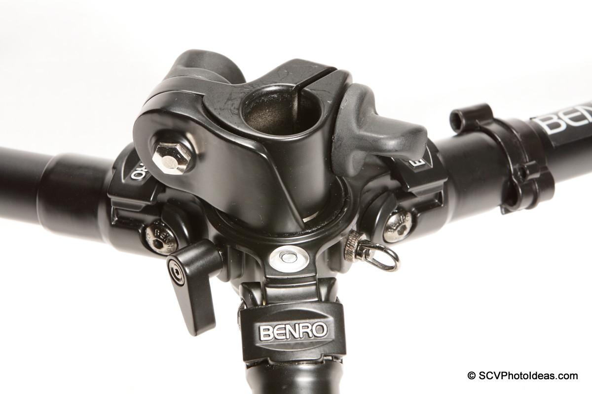 Benro A-298EX legs hub w/o center column details