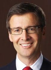 Steven J. Lund  Chủ tịch và Giám đốc Cấp Cao chương trình Nuôi Dưỡng Trẻ Em