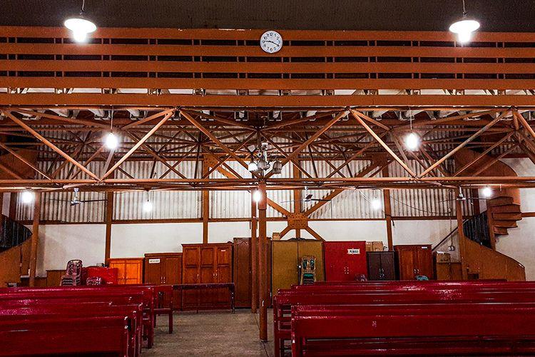 Sejarahnya Gereja pertama kali berdiri di pulau nias adalah Gereja Banua Niha Keriso Protestan ((BNKP)  sejarah berdirinya agama dan gereja BNKP di ni
