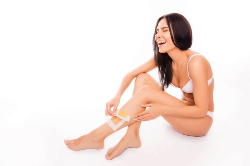 DO THESE 4 TASKS FOR PAINLESS WAXING ON SENSITIVE SKIN