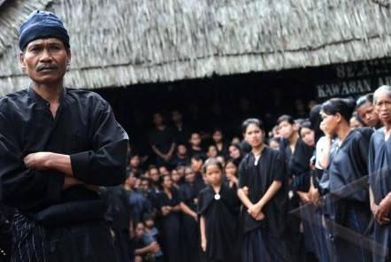 Perbedaan Suku Kajang Luar dan Kajang Dalam Sulawesi Selatan