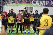 Akhir Pekan, Walkot Danny Futsal Bareng Alumni Teknik Unhas
