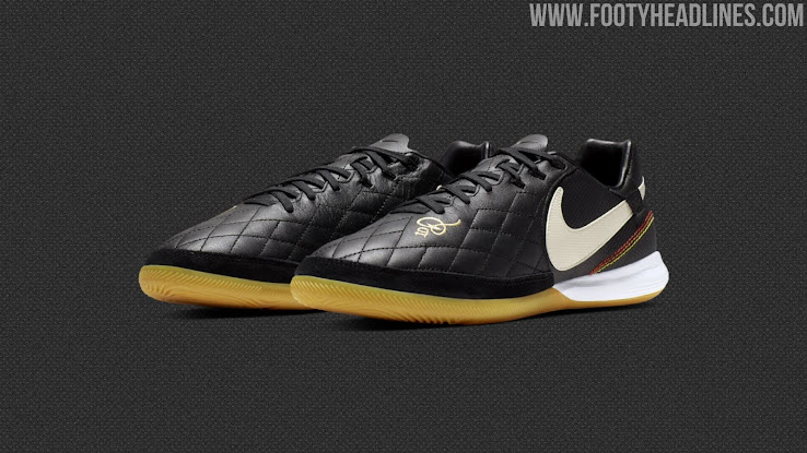 low priced c2652 4f57a Stunning Black Nike Tiempo Ronaldinho 2019 Boots Released - Footy Headlines