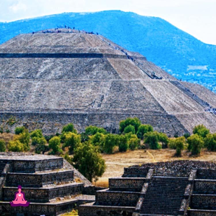Pirámide del Sol, la de la Luna y Templo de Quetzalcóatl en Teotihuacán esconden un oscuro secreto.