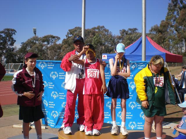 menang di Canberra 2008 cabang loncat jauh