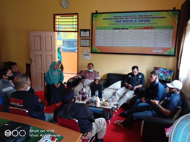 SMPN 8 Tapung Adakan Konfrensi Pers Terkait Pemberitaan Disalah Satu Media Online | dutametro