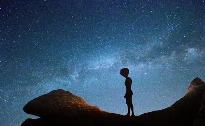 mundos, espacio, ovnis,