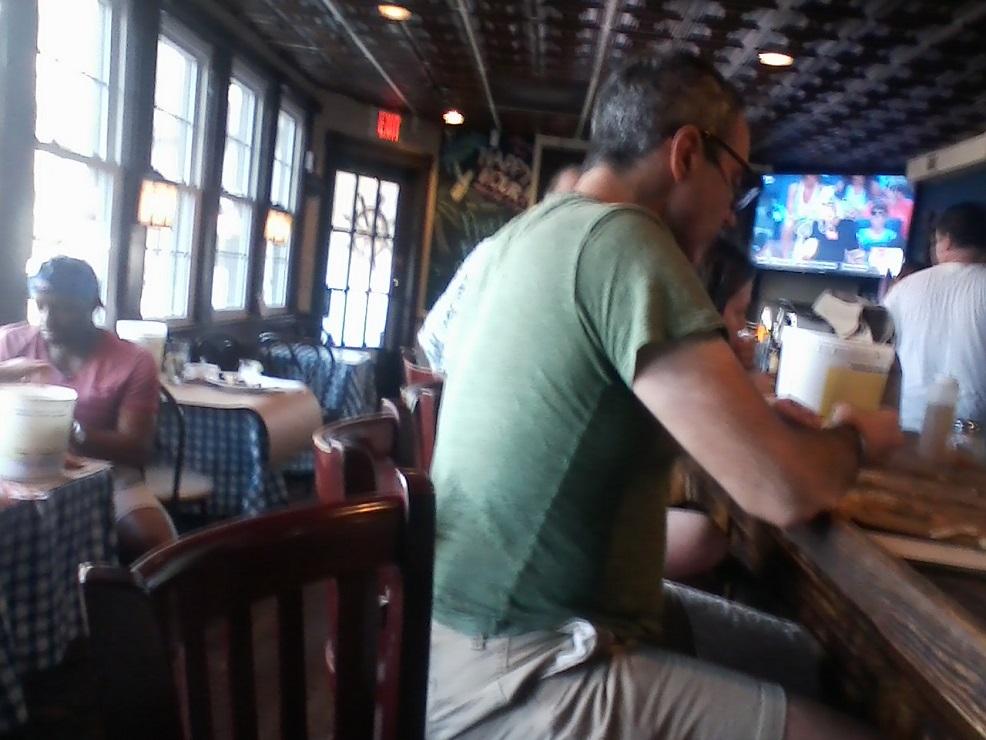 Quarterdeck Delivery in Arlington, VA - Restaurant Menu ...