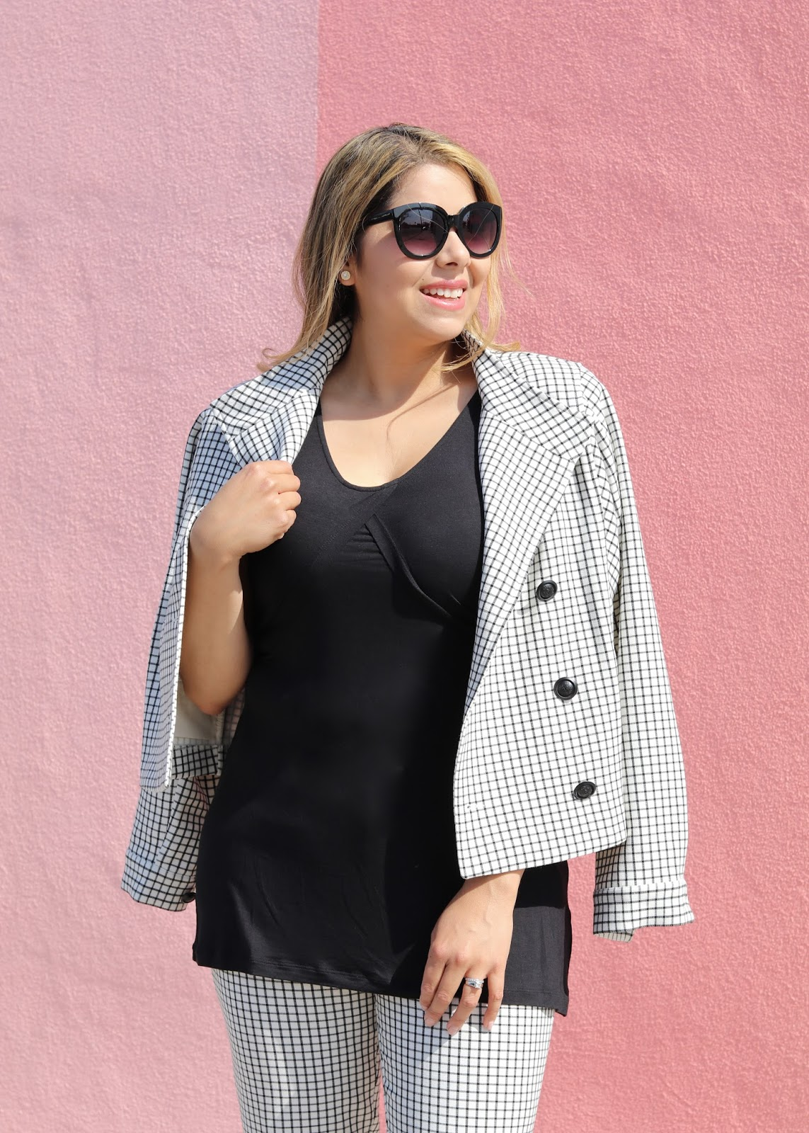Fall 2016 fashion, latina fashion blogger, windowpane blazer, colorful suits for women, black and white outfit