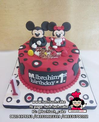 Kue Tart Fondant Mickey dan Minnie Mouse Surabaya - Sidoarjo