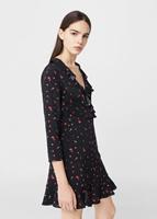 http://shop.mango.com/PL/p0/kobieta/odziez/sukienki/kombinezony-krotkie/sukienka-kwiatowy-desen?id=83053608_70&n=1&s=prendas.vestidos