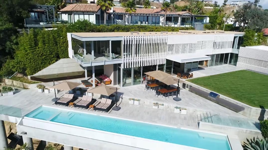 38 Interior Photos vs. 9318 Nightingale Dr, Los Angeles, CA Ultra Luxury Modern Mansion Tour