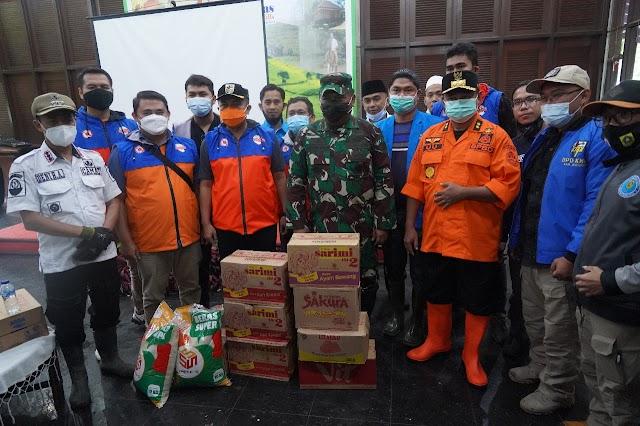 Danrem 061/Sk Dampingi   Pangdam III/Slw Tinjau  Lokasi Banjir Bandang Kab. Bogor