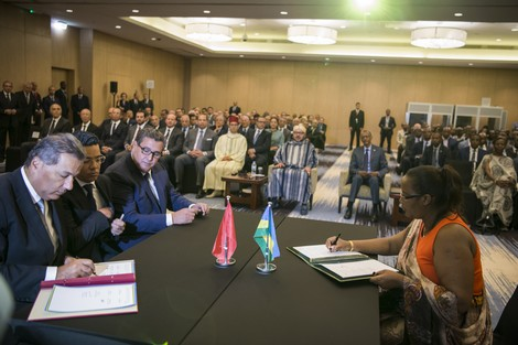 العلاقات الاقتصادية للمغرب مع دول إفريقيا .. أشواك تحيط بالورود
