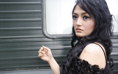 Download Kumpulan Lagu Siti Badriah Full Album Mp3 Lengkap