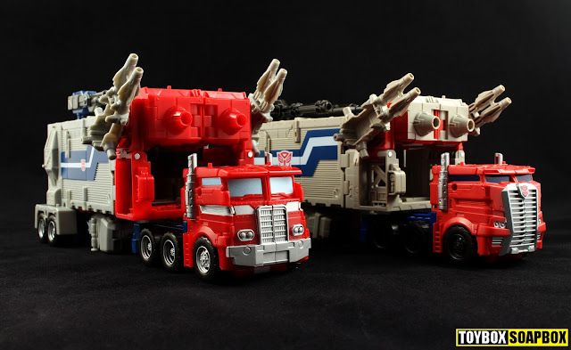 transformers legends super ginrai vs powermaster optimus