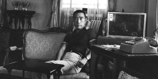 Companhia das Letras relança obras do escritor japonês Yukio Mishima em formato digital