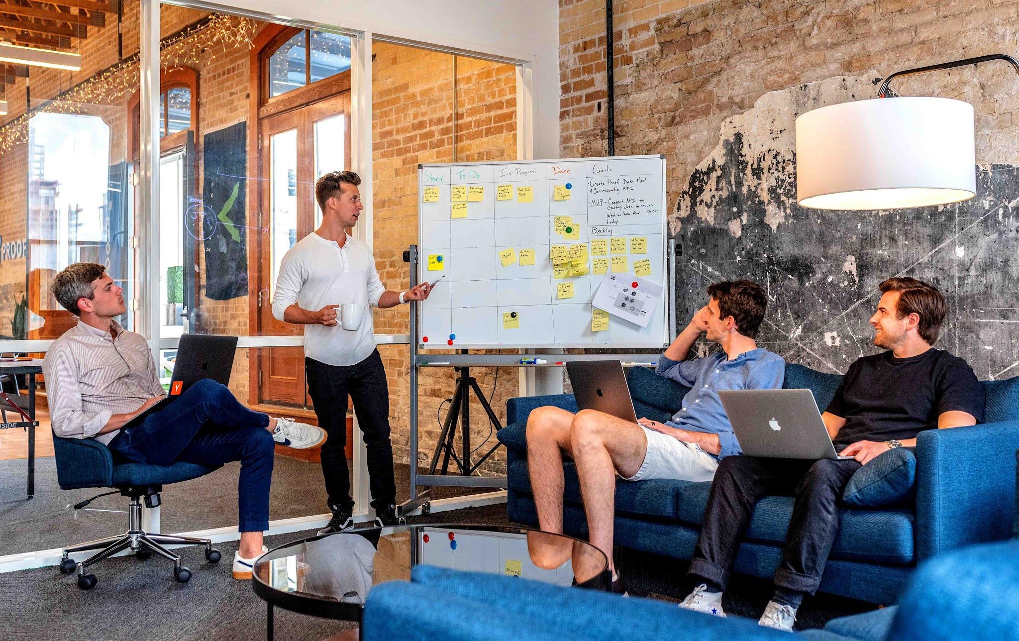 Pengalaman dan Kelebihan Bekerja di Startup