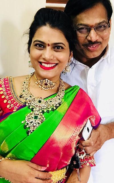 Bride in Large Pachi Haram Choker