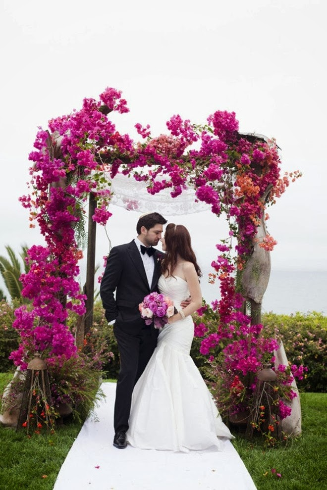 Memorable Wedding Wedding Arches With Flowers To Delight