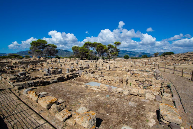 Area archeologica di Nora-Mercato