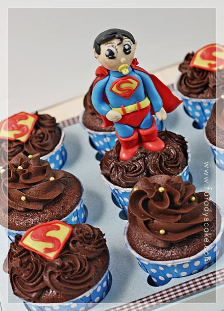 Superman Cake Ideas