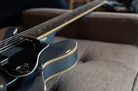 Cara Meluruskan Neck Gitar Bengkok