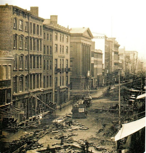 Manhatten New York: Oldest Known Photographs Of 15 Famous Cities Around The