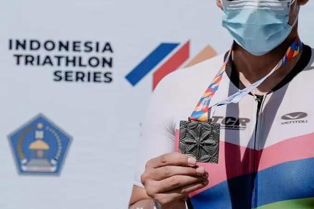 Menteri Pariwisata dan Ekonomi Kreatif (Menparekraf), Sandiaga Salahuddin Uno, dijadwalkan bakal membuka event Triatlon Series II 2021 di Kota Kendari yang digelar oleh Federasi Triatlon Indonesia, KONI Pusat, yang bekerjasama dengan Pemerintah Kota Kendari (19/5/21).
