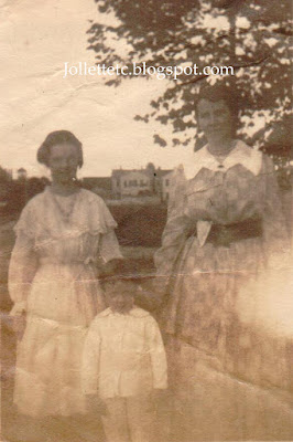 Possibly Johanna Sheehan Hederman and children Catherine and John https://jollettetc.blogspot.com