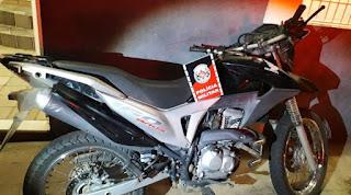 Polícia Militar recupera moto com restrição de roubo entre São Bento e Brejo do Cruz
