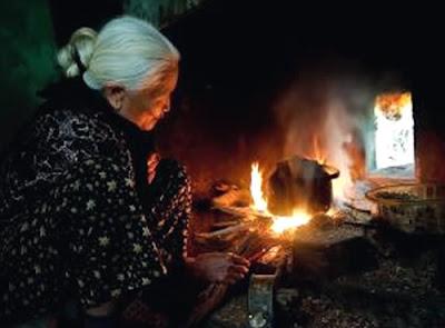 Chén cơm chiên của bà- Trần Việt