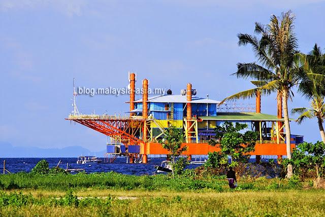 Seaventures Dive Rig Mabul Island
