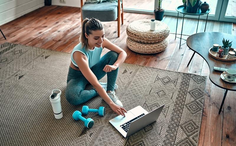 Evde egzersiz yaparken bu 9 kurala dikkat!