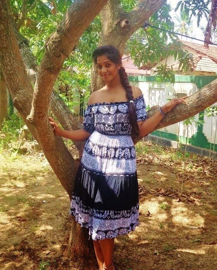 Srilanka girls hot video something