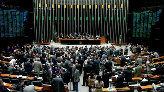Congreso de Brasil aprueba el ajuste fiscal impulsado por Temer